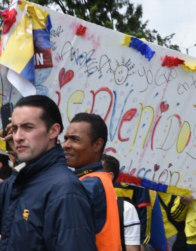 Kolombiya şampiyon gibi karşılandı