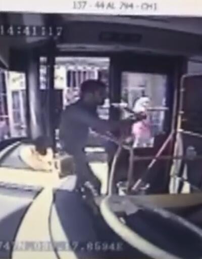 Otobüs şoförüne döner bıçaklı saldırı