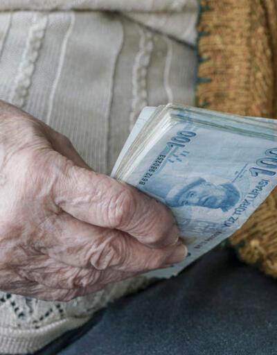 12 milyon emeklinin aylığı 22 milyon çalışandan