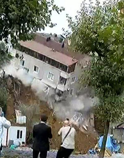 Beyoğlu'ndaki bina böyle çöktü