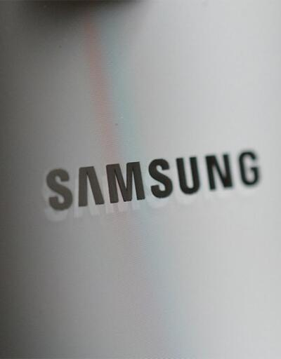 Apple'a rakip Samsung Wireless Charger Duo yolda