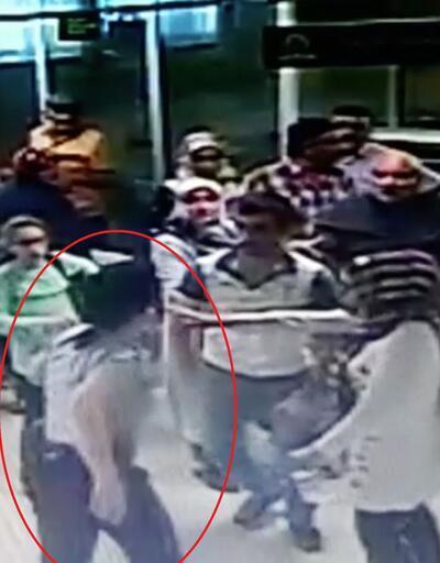 Kadın güvenlik görevlisinin dövülme anı kamerada