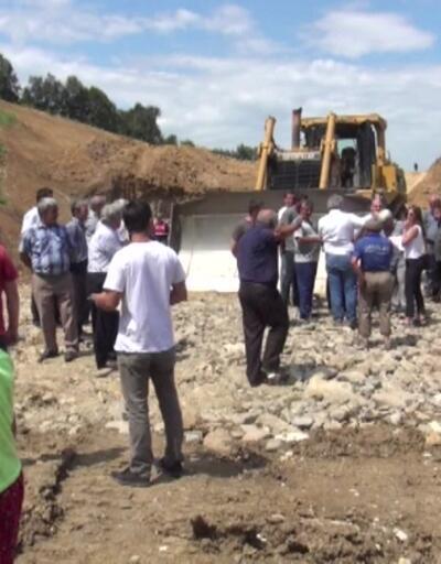 Köylerinin su altında kalacağı iddiasıyla yeni yol yapımına engel oldular