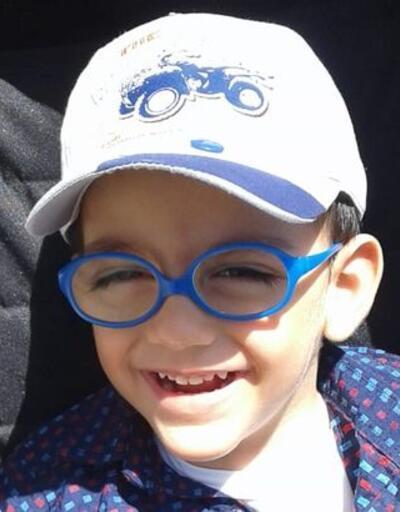4 yaşındaki Yusuf Talha yürümek için yardım bekliyor