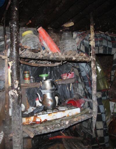 Gümüşhane'de PKK'lı teröristlerin kullandığı sığınakta tavla ve satranç