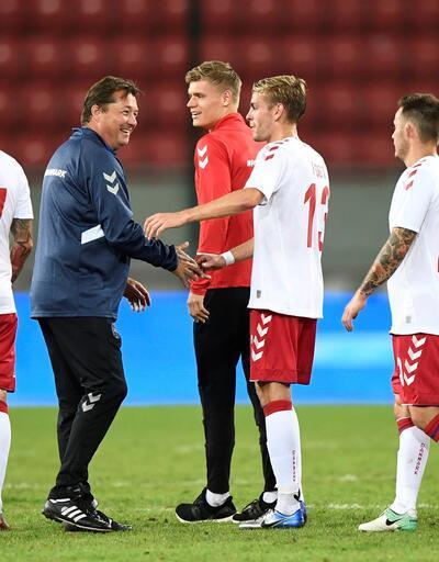 Futbolcuların terk ettiği Danimarka 'onurlu bir mağlubiyet' aldı