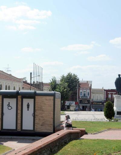 Edirne'de tartışma yaratan 'tuvalet' kaldırıldı