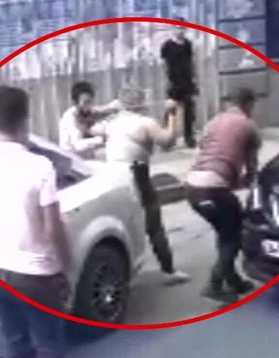 Kadın sürücünün zincirli kavgası kamerada