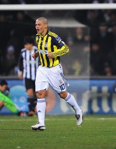 Alex Beşiktaş'a attığı golü paylaştı