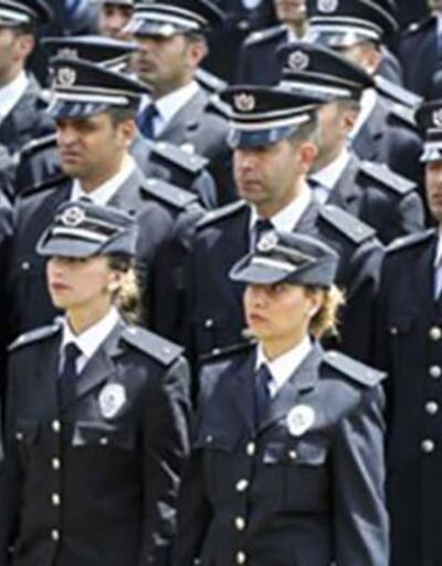 Türkiye'deki bütün polisleri 80 farklı kodla tek tek fişlemişler