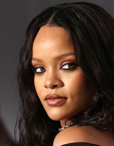 Rihanna'dan 6 Türk hayranına jest