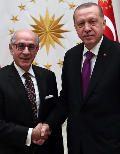 Cumhurbaşkanı Erdoğan, Hasan Bülent Kahraman'ı kabul etti