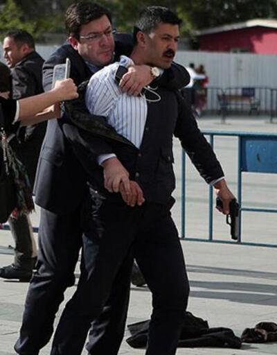 Can Dündar'a saldıran sanığa 10 ay hapis cezası