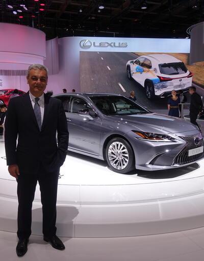 Lexus yeniliklerle Paris'e renk kattı