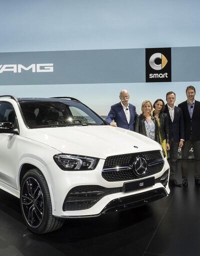 Mercedes'in yeni modelleri Paris'te