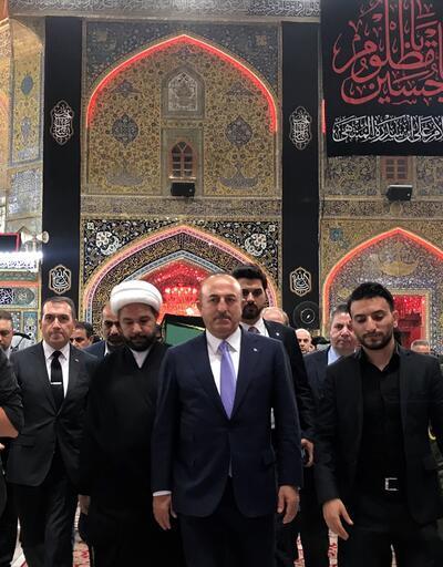 Dışişleri Bakanı Çavuşoğlu Hazreti Ali'nin türbesini ziyaret etti