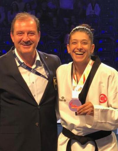 Nur Tatar Askari'den bronz madalya
