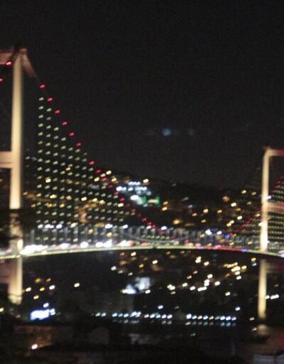15 Temmuz Şehitler Köprüsü'nde 4'lü zirve renkleri