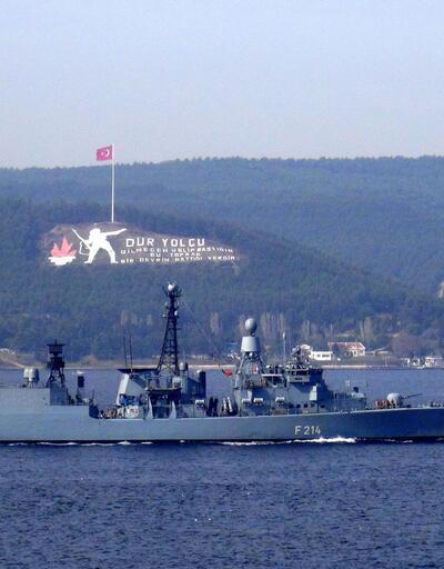 Alman savaş gemisi, Çanakkale Boğazı'ndan geçti