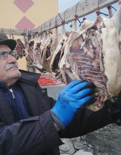 'Kar yemeden kesilmez' diyorlardı: Kars'ta kaz kesimi başladı