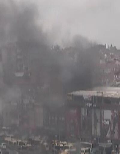 Son dakika: Şirinevler'de bir AVM'de yangın çıktı