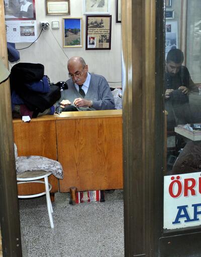 Özal'ın ceket anısı: Başbakanken verdi, Cumhurbaşkanıyken aldı