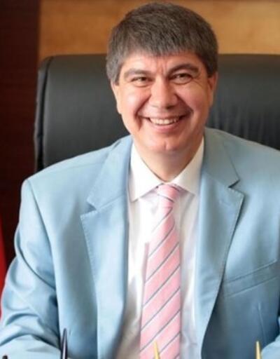 AK Parti Antalya Büyükşehir Belediye Başkanı Adayı Menderes Türel kimdir?