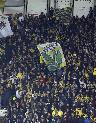 Kadıköy'de Aziz Yıldırım sesleri