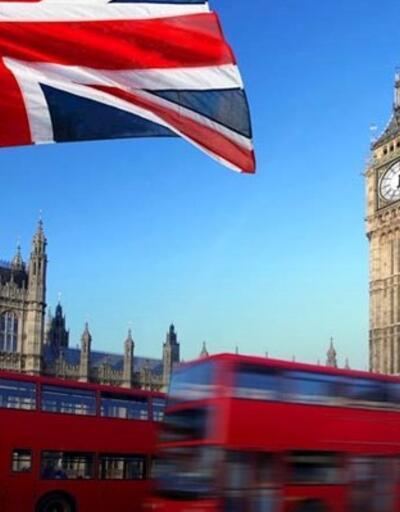 İngiltere'de hizmet sektörü büyümesi hız kesti