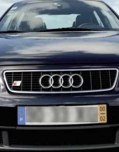 Cristiano Ronaldo'nun ilk otomobili iki katı fiyatına satışa konuldu
