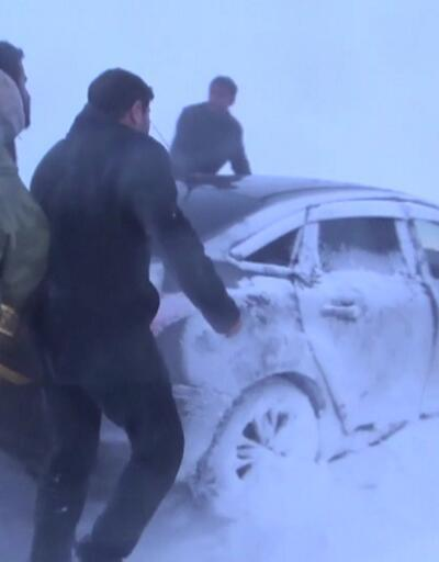 Kar yağışı Türkiye'yi esir aldı