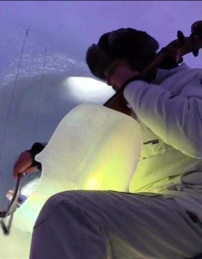 Buzdan enstrümanlarla sıra dışı konser