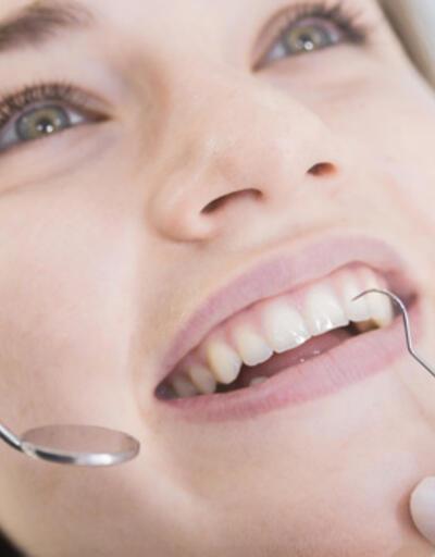 Diş eti çekilmelerine dikkat