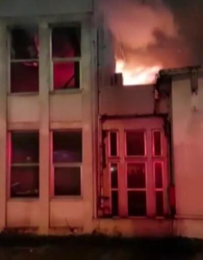 Edirnekapı'da fabrika yangını