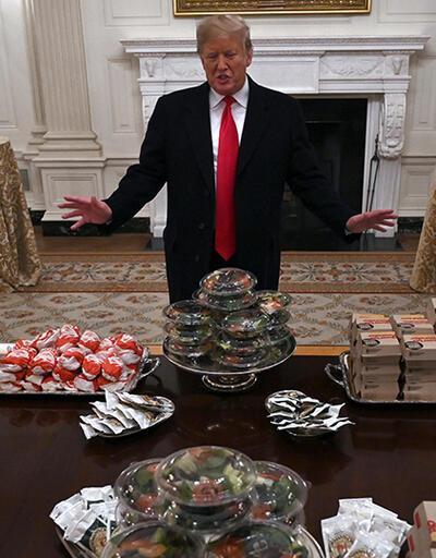 Trump, Beyaz Saray'a hamburger söyledi