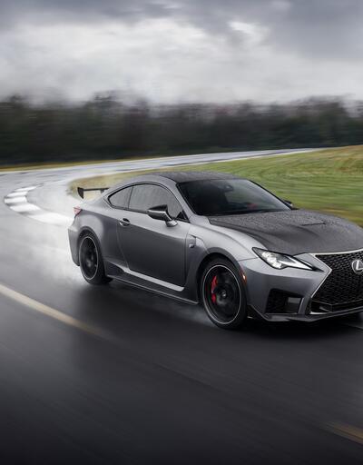 Lexus'tan yeni yarışçı