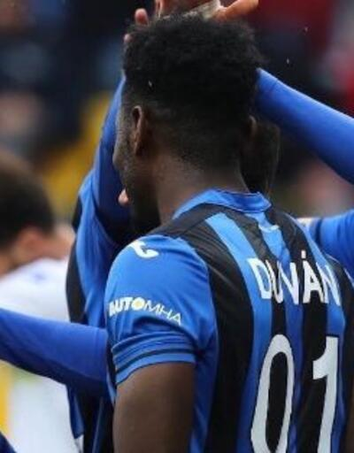 4 gol atan Duvan Zapata tarihe geçti