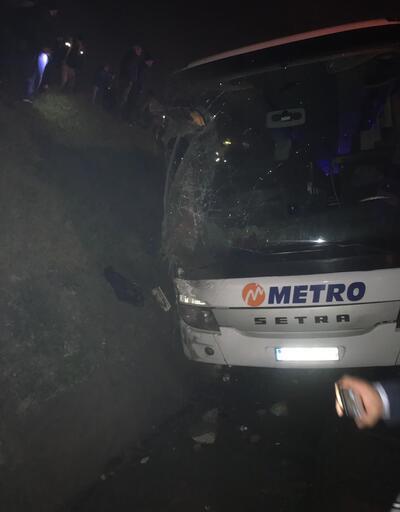 Son Dakika... İstanbul'da yolcu otobüsü devrildi