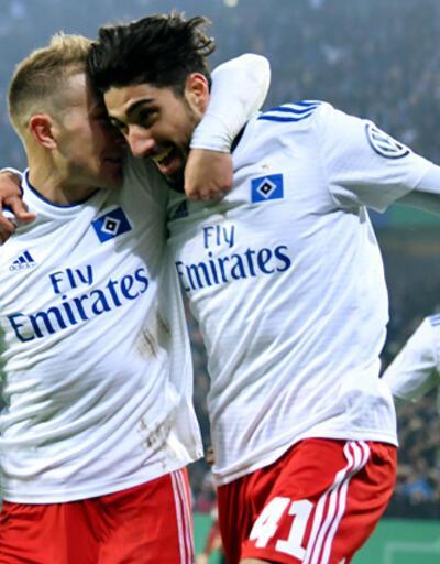 Hamburg Berkay Özcan'ın golüyle turladı