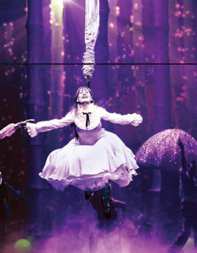 Alice Müzikali ilk kez sahnede