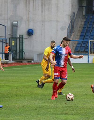 Eskişehirspor rakip 10 kişi kalınca bir oyuncusunu çıkardı