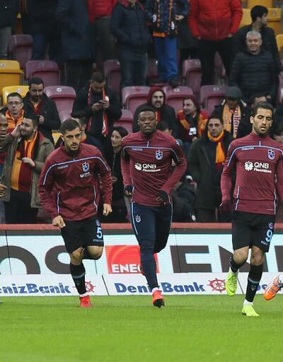 Galatasaray ve Trabzonspor'un ısınma hareketlerinden kareler