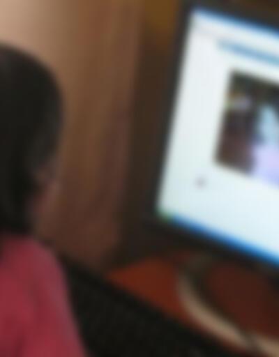 Ebeveynler dikkat! 10 yaşındaki çocuğa gelen mesajlar ortaya çıkardı