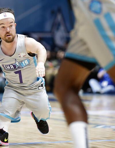 Mehmet Öz'ün de oynadığı NBA All Star Ünlüler Maçı'nda 'Evsahibi' kazandı