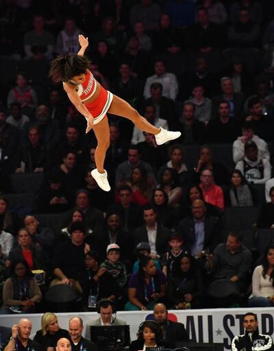 NBA All-Star'da smaç yarışmasını Hamidou Diallo kazandı