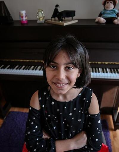 Piyanonun minik yeteneği: Arya Su Gülenç