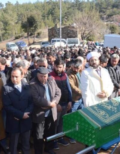Milas'taki işçinin cenazesine 3 bin kişi katıldı
