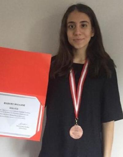 Fen lisesi öğrencisi Ulusal Bilim Olimpiyatları'ndan bronz madalya kazandı