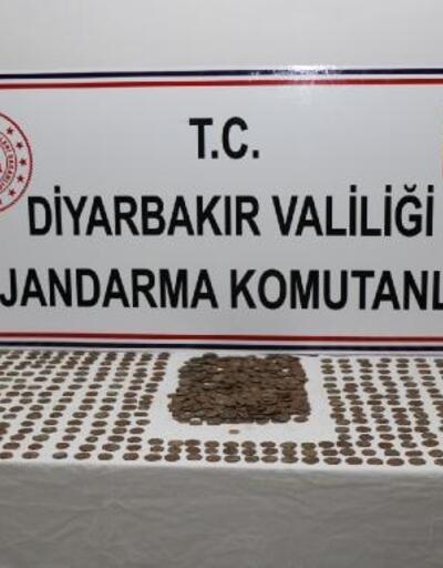 Diyarbakır'da 851 sikke ele geçirildi, 7 gözaltı