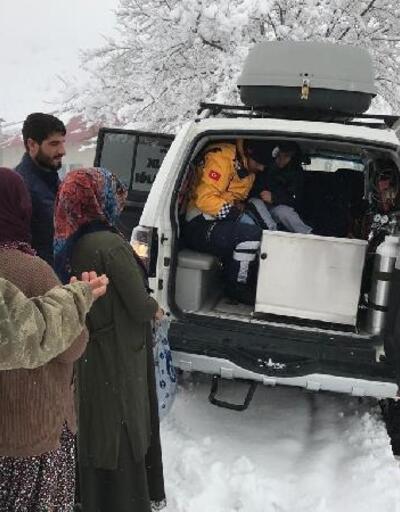 Paletli ambulansla, hasta çocuğa 1 saatte ulaştılar